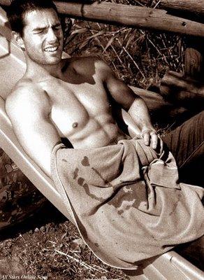 tom_cruise_shirtless-2
