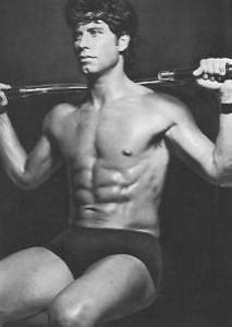 john-travolta-shirtless-2