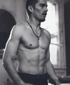 ethan_hawke_shirtless_01