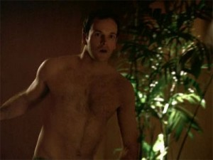 jonny_lee_miller_shirtless_041