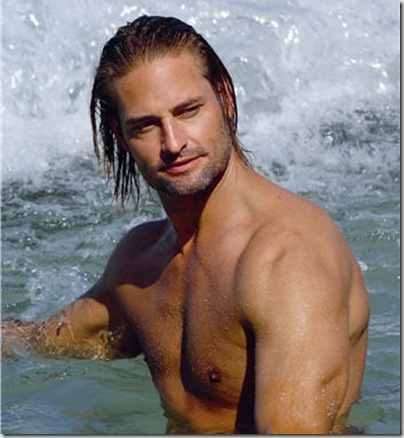 Josh_Holloway_shirtless_02