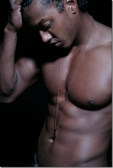 Wesley_Jonathan_shirtless_03