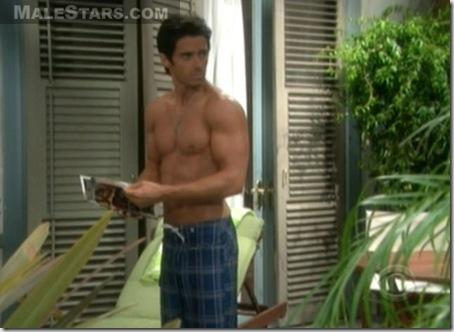 Brandon_Beemer_shirtless_05
