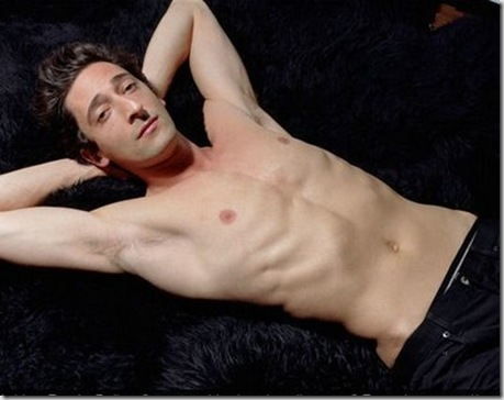 Adrien_Brody_shirtless_04