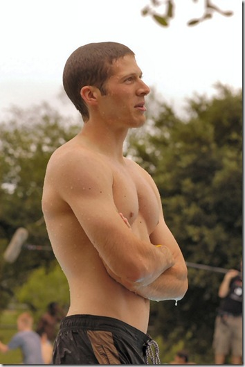 Zach_Gilford_shirtless_01