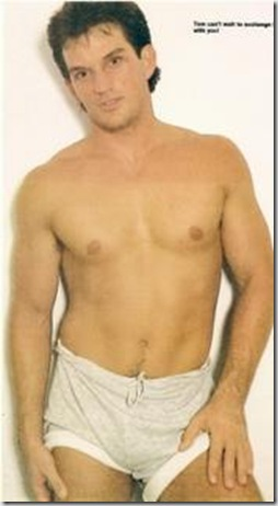 Tom_Eplin_shirtless_01