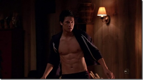 Harry_Shum_Jr_shirtless_01
