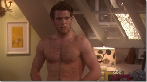 Jake_Lacy_shirtless_01
