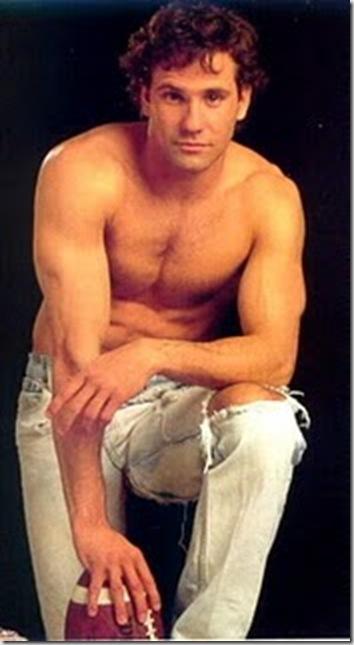 Chris_Bruno_shirtless_02