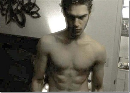 Grey_Damon_shirtless_01