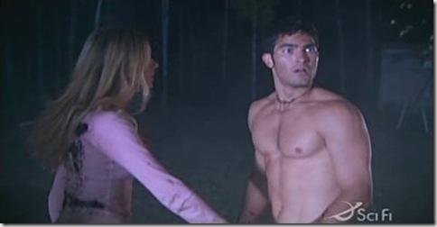 Tyler_Hoechlin_shirtless_02