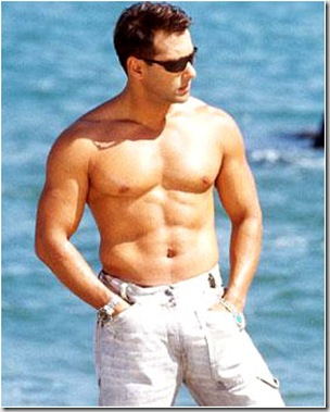 Salman_Khan_shirtless_03