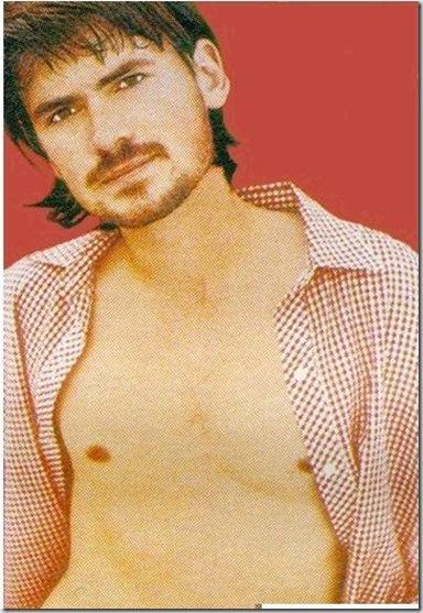 Jeremy_Davies_shirtless_05