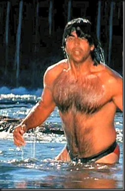 Akshay_Kumar_shirtless_13
