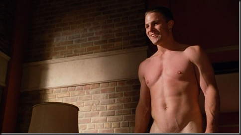 stephen amell nude hung