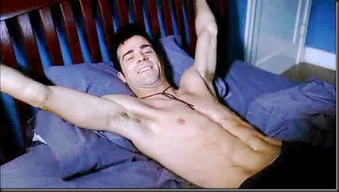 Justin_Theroux_shirtless_03