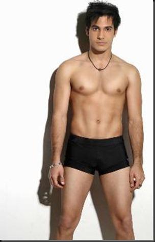 Carlos_Enrique_Almirante_shirtless_07