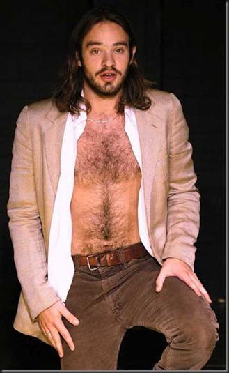 Charlie_Cox_shirtless_11