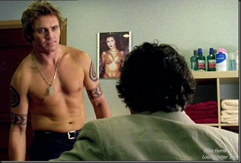 Alex_Ferns_shirtless_01
