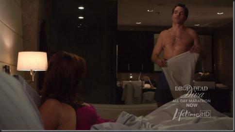 Jackson_Hurst_shirtless_07