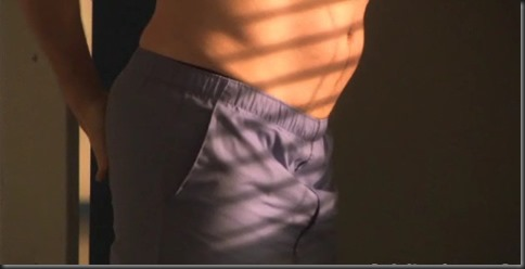 Rob_Huebel_shirtless_04