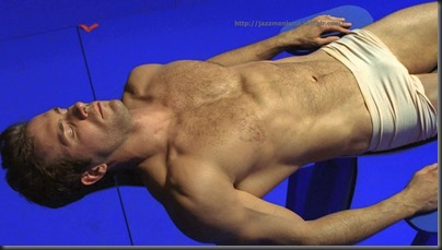 Ryan_Reynolds_bulge_04
