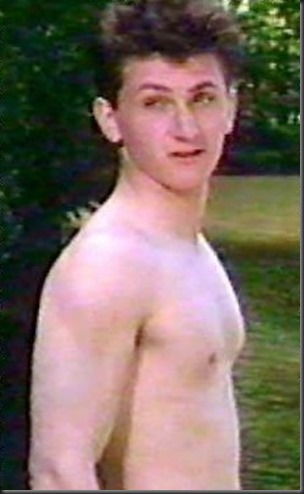 Sean_Penn_shirtless_10