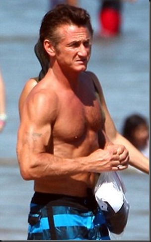 Sean_Penn_shirtless_13