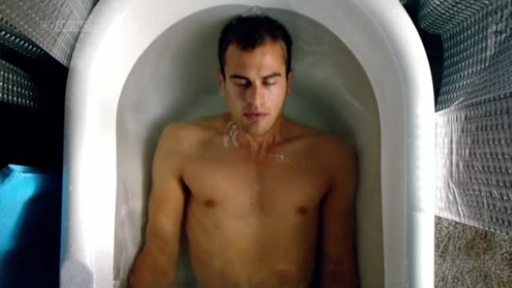 Theo_James_shirtless_38